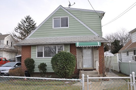 laurelton two family house for sale queens dlr4019 d lucas realty