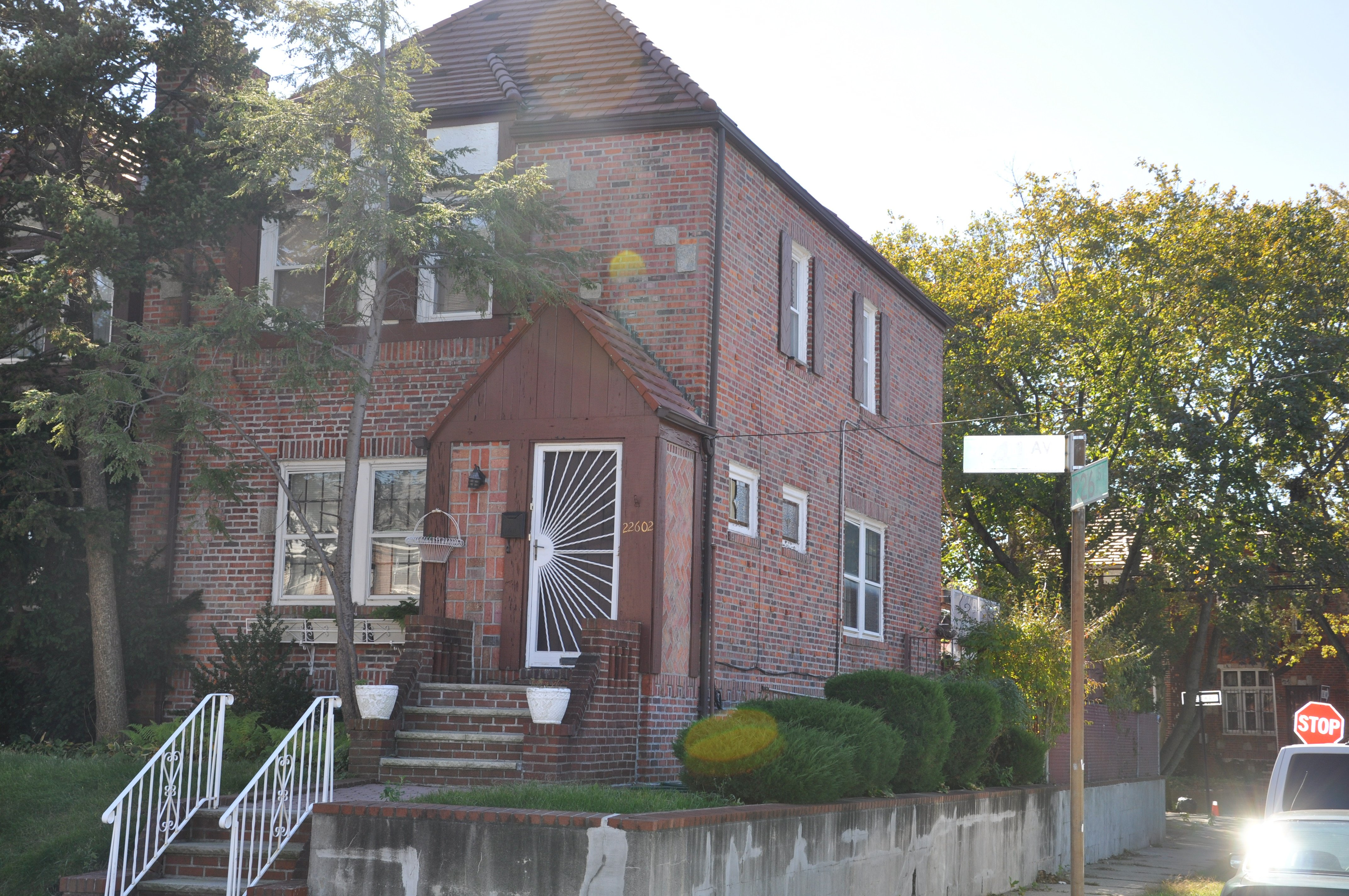 1 family residential home for sale in laurelton queens
